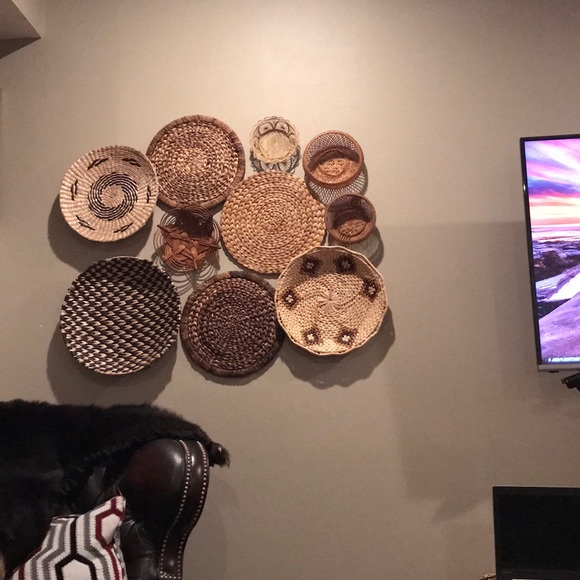 Large wicker basket wall